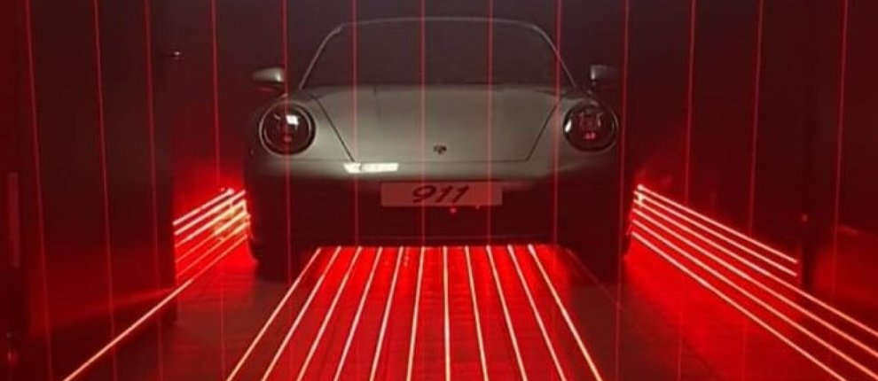 NEW PORSCHE 911 LAUNCH WITH LASER BEAMBAR